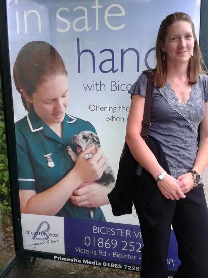 Nurse Louise at Bicester Bus stop