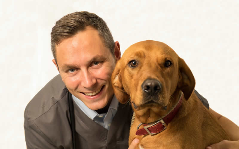 Mike Rhodes eye specialist Bicester vets